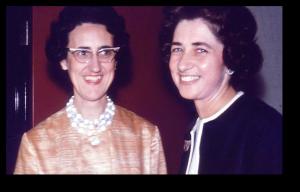 Adrienne et Josette, 1963, photo Archives de la Société du Christ Seigneur